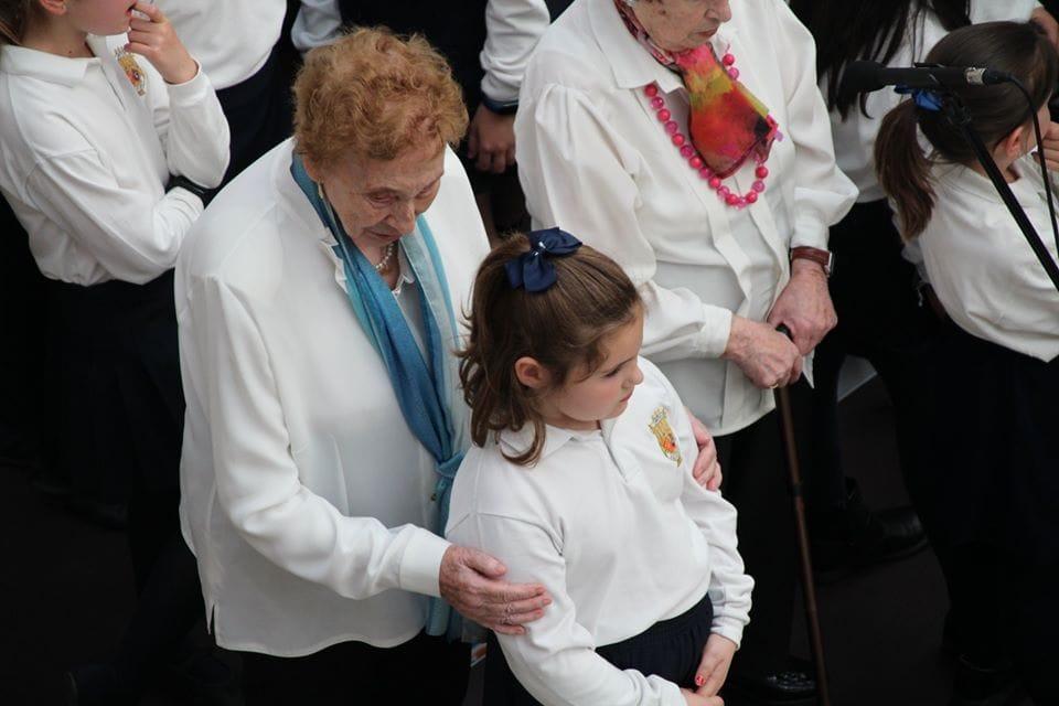 Coro Intergeneracional Mayo 2019 Centro Comercial Morea 2