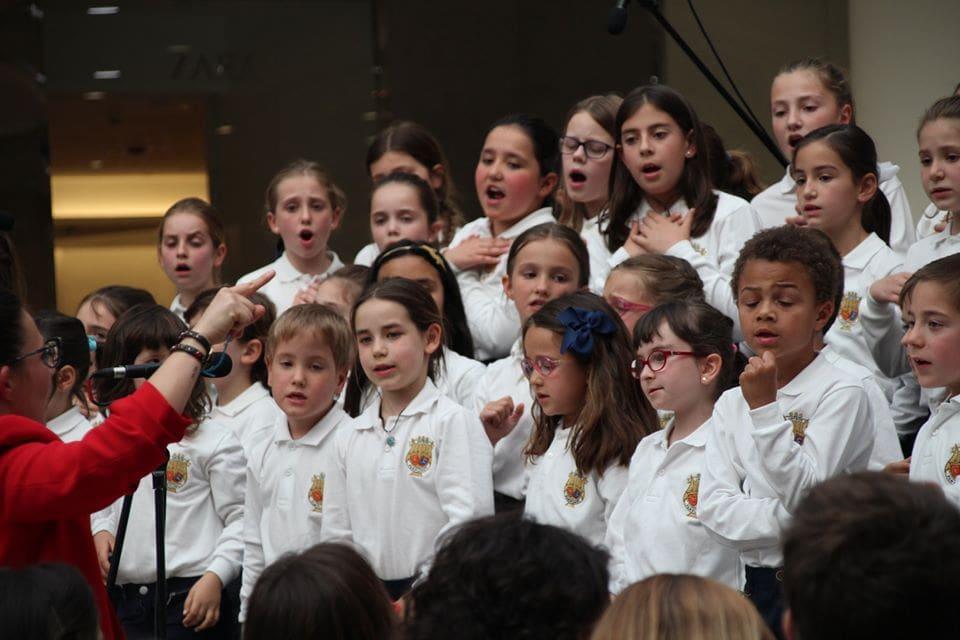 Coro Intergeneracional Mayo 2019 Centrocomercial Morea