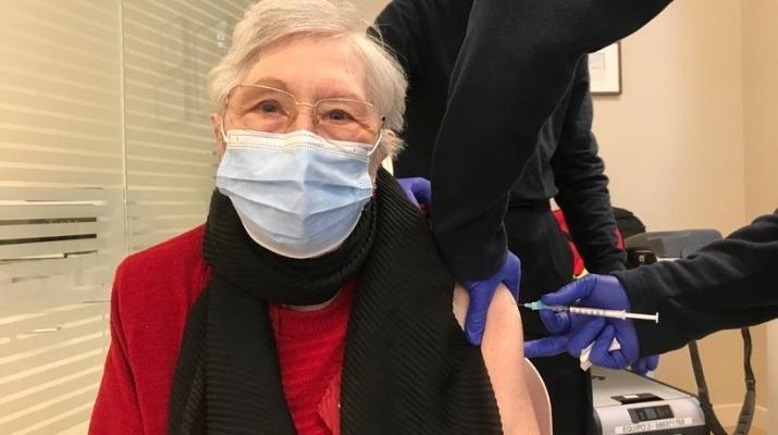 M Angeles Suñer - Vacuna